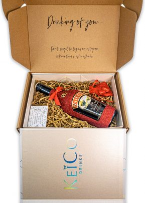 Baileys Liqueur 70cl | Hand Crafted Sparkling Bottle | in Gift Box with Chocolates | KeiCo Drinks